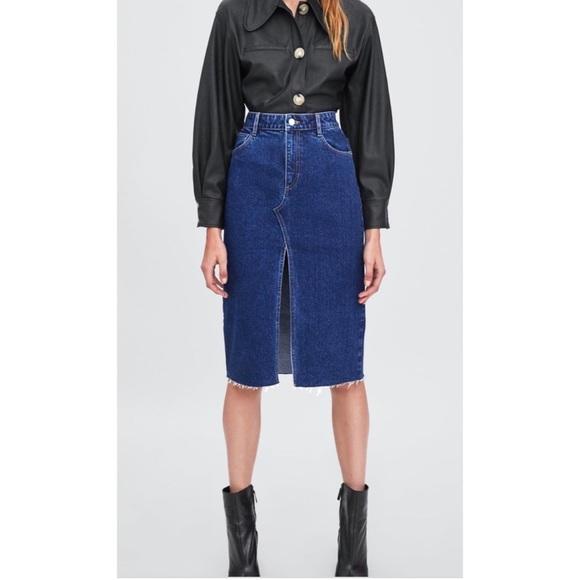 Zara Dresses & Skirts - Zara Hi-Rise Midi Jean Skirt with Raw Edge Hem